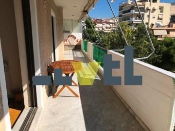 (Προς Πώληση) Κατοικία Οροφοδιαμέρισμα || Αθήνα Νότια/Γλυφάδα - 101 τ.μ, 3 Υ/Δ, 250.000€