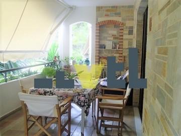 (Προς Πώληση) Κατοικία Οροφοδιαμέρισμα || Αθήνα Νότια/Γλυφάδα - 130 τ.μ, 3 Υ/Δ, 350.000€
