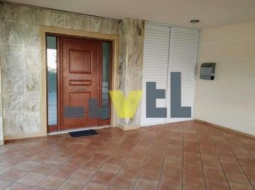 (Προς Πώληση) Κατοικία Μεζονέτα || Αθήνα Νότια/Γλυφάδα - 150 τ.μ, 3 Υ/Δ, 280.000€