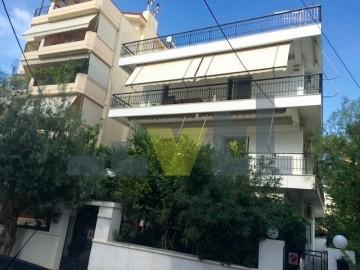 (Προς Πώληση) Κατοικία Οροφοδιαμέρισμα || Αθήνα Νότια/Γλυφάδα - 110 τ.μ, 3 Υ/Δ, 240.000€