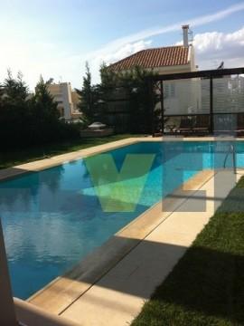 (Προς Πώληση) Κατοικία Μονοκατοικία || Αθήνα Νότια/Γλυφάδα - 611 τ.μ, 6 Υ/Δ, 1.200.000€