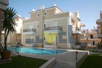 (Προς Πώληση) Κατοικία Μεζονέτα || Ανατολική Αττική/Βάρη-Βάρκιζα - 225 τ.μ, 3 Υ/Δ, 550.000€