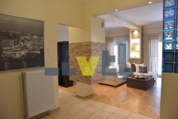 (Προς Πώληση) Κατοικία Διαμέρισμα || Αθήνα Νότια/Γλυφάδα - 100 τ.μ, 2 Υ/Δ, 250.000€
