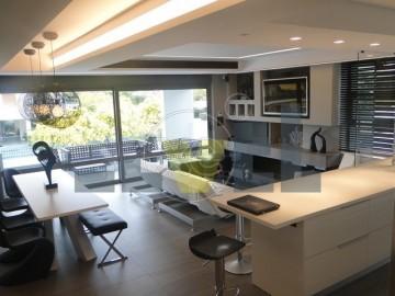 (Προς Πώληση) Κατοικία Διαμέρισμα    Αθήνα Νότια/Γλυφάδα - 115 τ.μ, 3 Υ/Δ, 460.000€