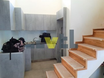 (Προς Πώληση) Κατοικία Μεζονέτα || Αθήνα Νότια/Παλαιό Φάληρο - 68 τ.μ, 2 Υ/Δ, 180.000€