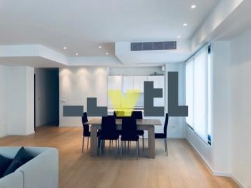 (Προς Πώληση) Κατοικία Διαμέρισμα || Αθήνα Νότια/Ελληνικό - 140 τ.μ, 2 Υ/Δ, 700.000€
