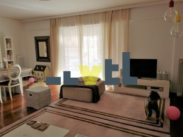 (Προς Πώληση) Κατοικία Οροφοδιαμέρισμα || Αθήνα Νότια/Παλαιό Φάληρο - 140 τ.μ, 3 Υ/Δ, 320.000€