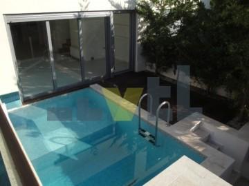 (Προς Ενοικίαση) Κατοικία Μεζονέτα    Ανατολική Αττική/Βούλα - 250 τ.μ, 4 Υ/Δ, 3.000€