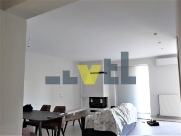 (For Rent) Residential Floor Apartment || Athens South/Elliniko - 110 Sq.m, 2 Bedrooms, 1.300€