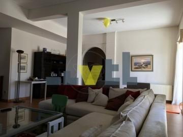 (Προς Ενοικίαση) Κατοικία Οροφοδιαμέρισμα || Ανατολική Αττική/Βούλα - 240 τ.μ, 3 Υ/Δ, 1.800€