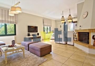 (Προς Ενοικίαση) Κατοικία Μεζονέτα || Αθήνα Νότια/Ελληνικό - 180 τ.μ, 4 Υ/Δ, 1.900€