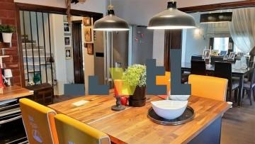 (Προς Πώληση) Κατοικία Μεζονέτα    Αθήνα Νότια/Παλαιό Φάληρο - 130 τ.μ, 3 Υ/Δ, 300.000€