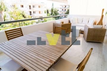 (Προς Πώληση) Κατοικία Οροφοδιαμέρισμα    Αθήνα Νότια/Γλυφάδα - 145 τ.μ, 3 Υ/Δ, 650.000€