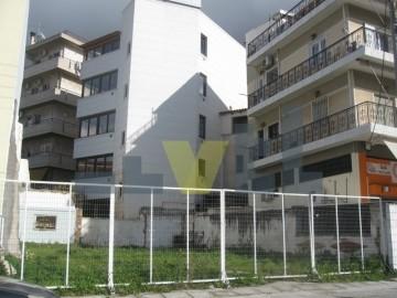 (Προς Πώληση) Αξιοποιήσιμη Γη Οικόπεδο || Αθήνα Κέντρο/Ηλιούπολη - 195 τ.μ, 300.000€