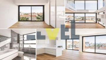 (Προς Πώληση) Κατοικία Μεζονέτα || Αθήνα Νότια/Ελληνικό - 127 τ.μ, 3 Υ/Δ, 495.000€