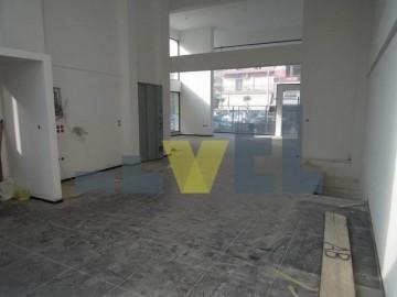 (Προς Πώληση) Επαγγελματικός Χώρος Κατάστημα || Αθήνα Νότια/Άλιμος - 233 τ.μ, 700.000€