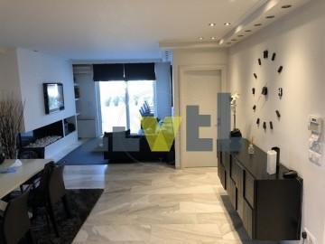 (Προς Ενοικίαση) Κατοικία Διαμέρισμα || Ανατολική Αττική/Βούλα - 110 τ.μ, 2 Υ/Δ, 1.600€