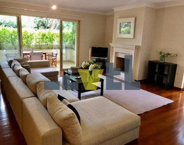 (Προς Ενοικίαση) Κατοικία Διαμέρισμα || Αθήνα Νότια/Γλυφάδα - 160 τ.μ, 3 Υ/Δ, 2.300€