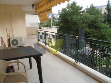 (Προς Πώληση) Κατοικία Οροφοδιαμέρισμα || Αθήνα Νότια/Γλυφάδα - 167 τ.μ, 3 Υ/Δ, 550.000€